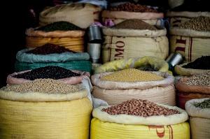 pulses beans legumes dried sacks market