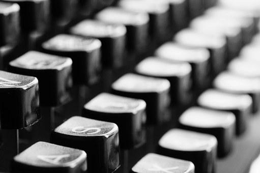typewriter-726965__340