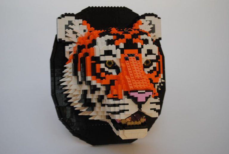 lego-animal-art-_-tiger-768x516